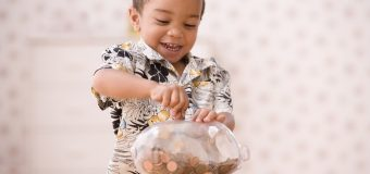 7 Tips To Teach Your Children How To Save Money
